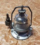 51-1106018 Deckel Benzinpumpen-Kopf Benzinpumpe (Kraftstoffpumpe) mit Schauglas GAZ 21 Wolga. Cover Fuel Pump With Glass Sedative Bowl GAS M21 Volga. Головка бензинового насоса ГАЗ М21 Волга.