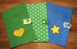 U-Heft-Hülle grün mit Sterne