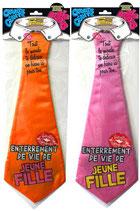 Cravates géante