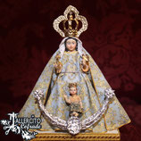 Virgen 11 cm - Victoria de Málaga vestida