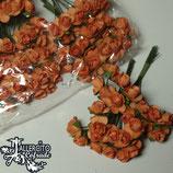 Flores Naranjas  1 cm