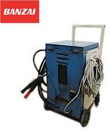 ジャンク品 萬歳自動車 バンザイ シリコン急速充電器 EM-200S / バッテリーチャージャー 12V 24V