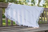 Couverture blanche baptême bébé lainage et dentelle