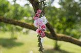 Bandeau cheveux fille liane fleurs roses cérémonie mariage