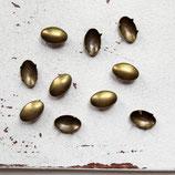 10 Stück - Nieten bronze - 11x7mm