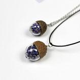 kleiner Blumengruß • Halskette mit Lavendel und Eichelhütchen | Halsschmuck