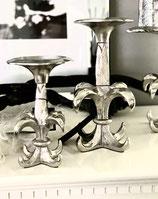 Colmore Kerzenleuchter / Halter Lilie Design 2 Größen Alu Raw Ni