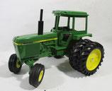 John Deere 4440  Sound-Gard Tractor with Duals