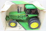 John Deere 4850 FWA Tractor