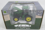 John Deere 8530 with Duals Tractor Authentics