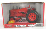 IH 300 Narrow Front w/ 1/64 tractor