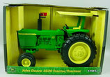 John Deere 4620 Wide Front with ROPS Tractor