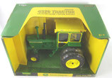 John Deere 4320 Collector Edition with Cab & Duals