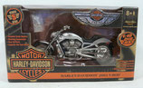 Harley-Davidson 2003 V-Rod Motorcycle 1/18 scale