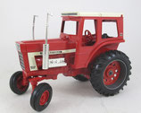 IH 1568 V-8 Tractor Collector Edition by Ertl