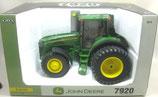 John Deere 7920 FWA Tractor