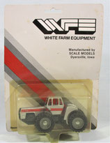 White 4-270 with Duals Tractor Silver/Gray 1/64