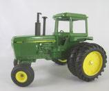 John Deere 4250 Toy Farmer 1982 Ertl Tractor