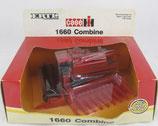 Case-IH 1660 Combine  Ertl