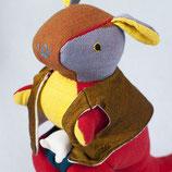 Känguru Sophie - Gelb/Rot/ gemustert mit goldene Jacke