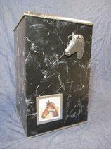 Pferdeurne Nr. 12 Marmor schwarz/silber mit Wechselrahmen