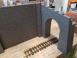 Art.-Nr. 17.201 Tunnelportal RhB mit rechts abfallender Schräge