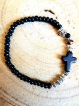 Bracelet  noir avec petite croix noire
