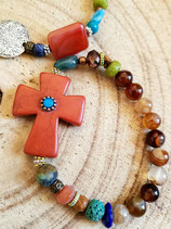 Bracelet multicolor et croix terracotta