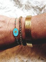 Bracelet chaine fine acier et médaillon ovale turquoise