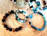 Bracelet bleu et brun pièce centrale en résine ovale UN TOUR