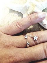 Bague anneau avec chainette et étoile strassée
