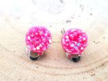 clips oreilles   résine façon cristaux pailletés rose fushia
