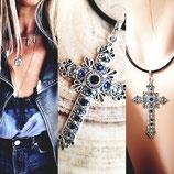 Collier simili cuir noir et grande croix habillé de cristaux noir bleu gris