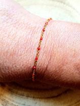 Bracelet de chaine dorée acier inox perlée rouge
