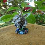 Petite tortue & bébé sur corail - Réf.: T 33