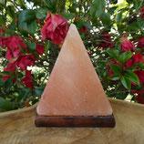 Pyramide lampe de sel GM