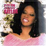 Helen Baylor - Look A Little Closer