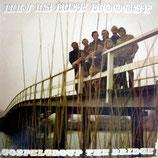 Gospelgroup The Bridge - Hij Is Het Hoogst