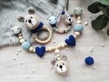 Geschenkset Bär -- Rasselring, Schnullerkette, Kinderwagenkette