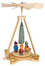 Pyramide mit Laternenkindern bunt