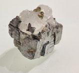 Bergkristall, Hämatit und Pyrit