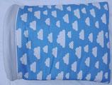 Kuschelsack NG 02 , weiße Wölkchen auf himmelblau, Baumwolle, Innenseite Fleece weiß