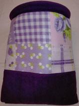 Muster Kuschelsack  Retromuster in lila, flieder, rosa, weiß und grün auf weißem Untergrund, mit Einsatz, Innenseite Fleece, dkl. lila