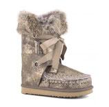MOU  eskimo lace and fur throck