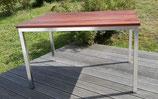 Edelstahl-Tisch mit Gartenbank