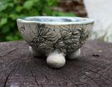 Minipflanzschale helle Oberfläche mit feinem bläulichen Dekor