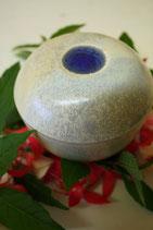 Rosenkugel aus Keramik hell für Stab