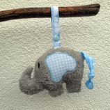 Rassel-Elefant hellblau