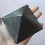SCHUNGIT pyramid 8x8 polish
