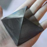 SCHUNGIT pyramid 6x6 polish